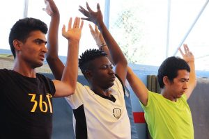 Yoga con Refugiados